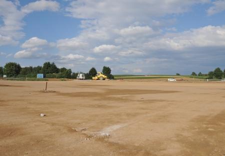 plac wysypany piaskiem